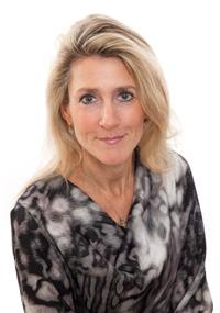 Beth Butterwick, Academy member
